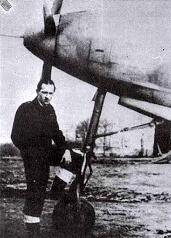 J. Himr při zkouškách stíhačky P-39 Airacobra americké výroby