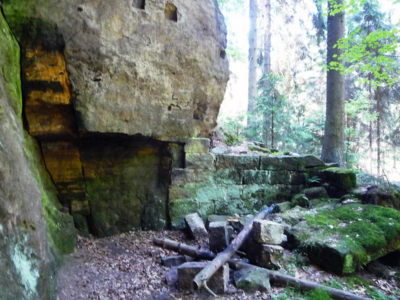 Údolí Suché Kamenice kovárna